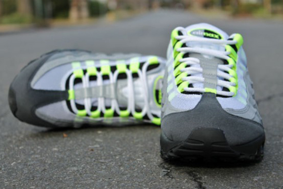"new product 9e3fa 5f147 Nike Air Max 95 OG ""Neon"" – Release Info"