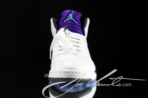 air-jordan-v-grape-detailed-images-4-570x380