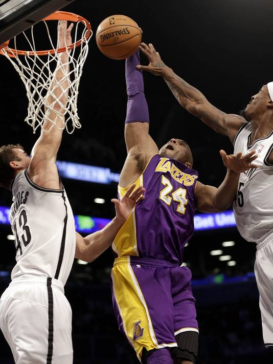 ap-lakers-nets-basketball-3_4_r536_c534