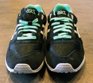 asic saga mint front view