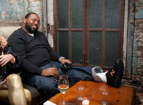 cheaper 334bc 19f7c Todays post is another edition too a few post we have for this week  featuring Raekwon The Chef and one of our favorite footwear brands New  Balance.