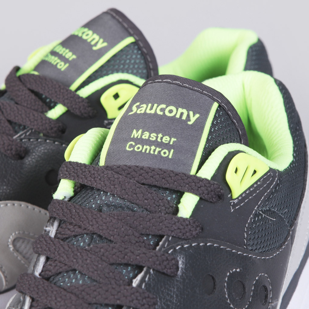 saucony-master-control-grey-green 2