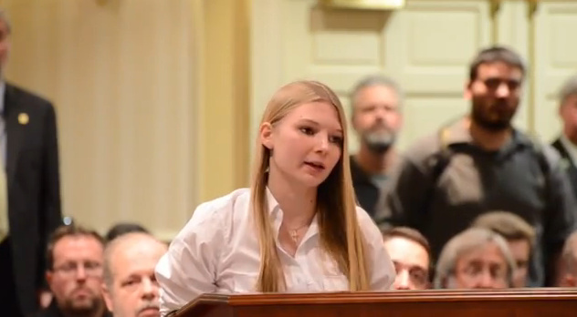 15-year-old-girl-leaves-anti-gun-politicians-speechless-YouTube-Mozilla-Firefox-432013-91252-AM.bmp