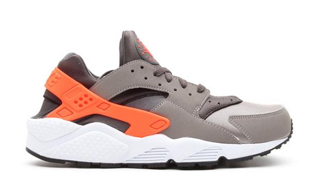 Nike-Air-Huarache-Grey-Crimson1