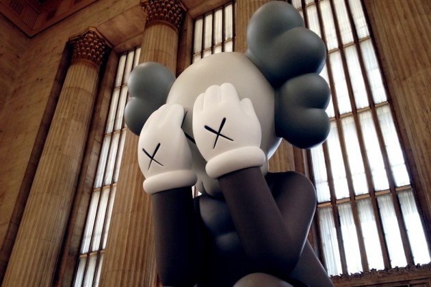 kaws-companion-passing-through-at-30th-street-station-in-philadelphia-02-630x420