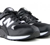 new-balance-mt580-panda-customs-02