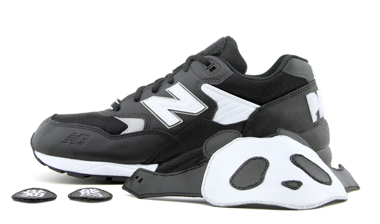 new-balance-mt580-panda-customs-10