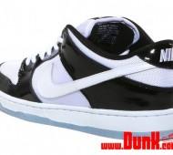 nike-sb-dunk-low-concord-xi-10-570x407