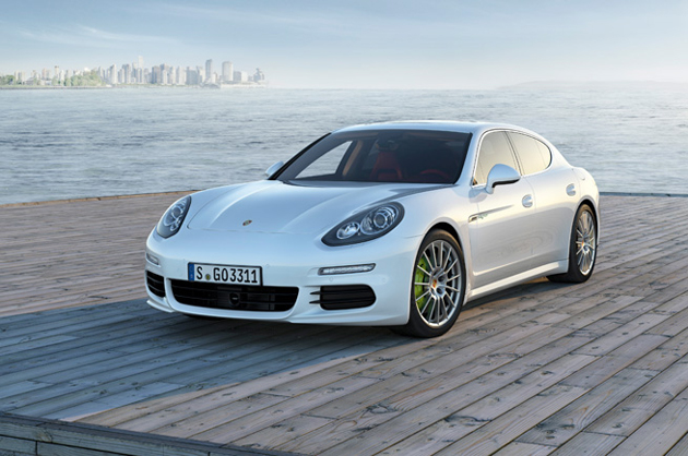 porsche-panamera-plug-in-electric-hybrid-01