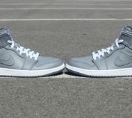 air-jordan-1-mid-cool-grey-3