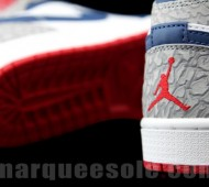 air-jordan-1-phat-true-blue-01-570x427