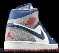 air-jordan-1-phat-true-blue-03-570x427