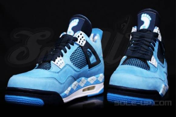air-jordan-4-unc-pe-detailed-images-2