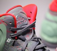 nike-hyperposite-mint-grey-red-9