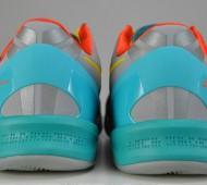 nike-kobe-8-venice-beach-pair-heels-1