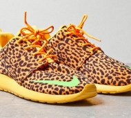 nike-roshe-run-fb-orange-leopard-03-570x379