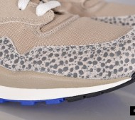 nike-sportswear-air-safari-vintage-525245-040_4