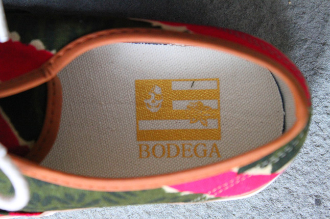 bodega-vansvault-coming-to-america-insole-detail-1