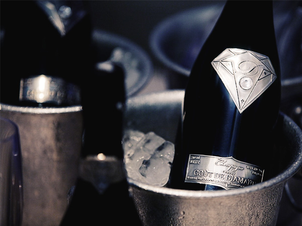 gout-de-diamants-brut-diamond-most-expensive-champagne1