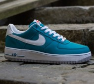 nike-air-force-1-low-nylon-july-2013-10-570x377