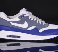 nike-air-max-1-essential-deep-royal-blue-1