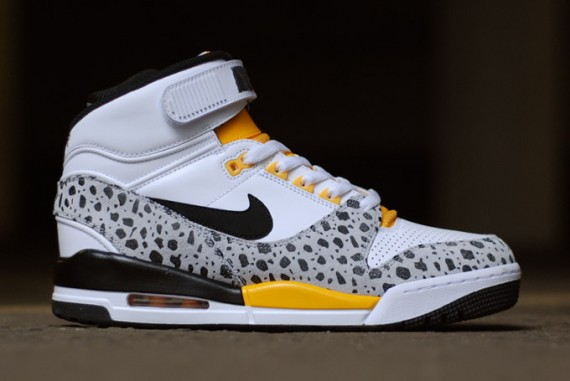 nike-air-revolution-safari-air-assault-inspired-07-570x381