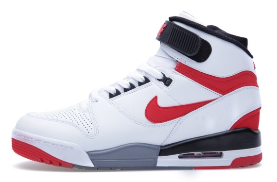 nike-air-revolution-white-red-03 (1)