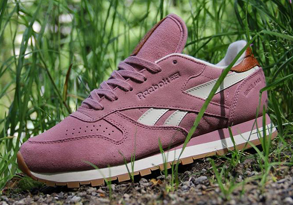 reebok-classic-leather-suede-wine