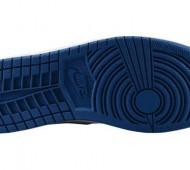 air-jordan-1-low-white-black-cement-grey-true-blue-02