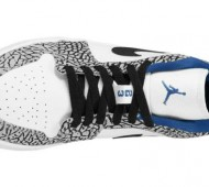 air-jordan-1-low-white-black-cement-grey-true-blue-03