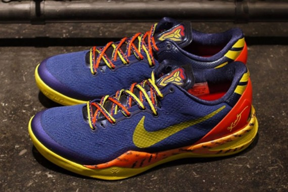 deep-royal-blue-nike-kobe-8-05-570x379