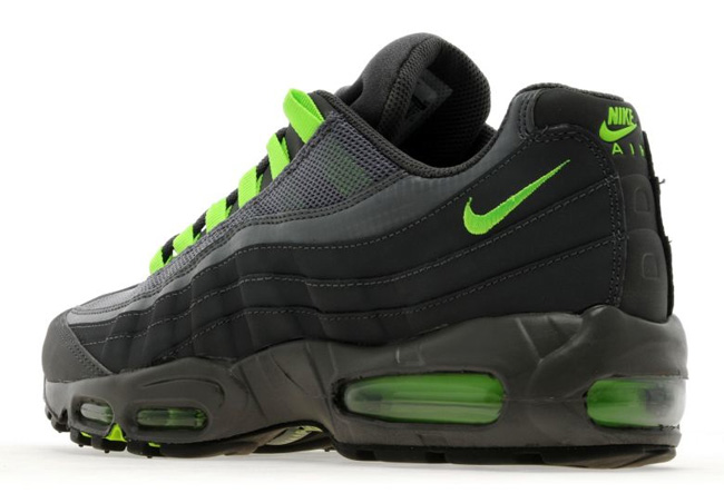 Nike-Air-Max-95-Flash-Lime-1
