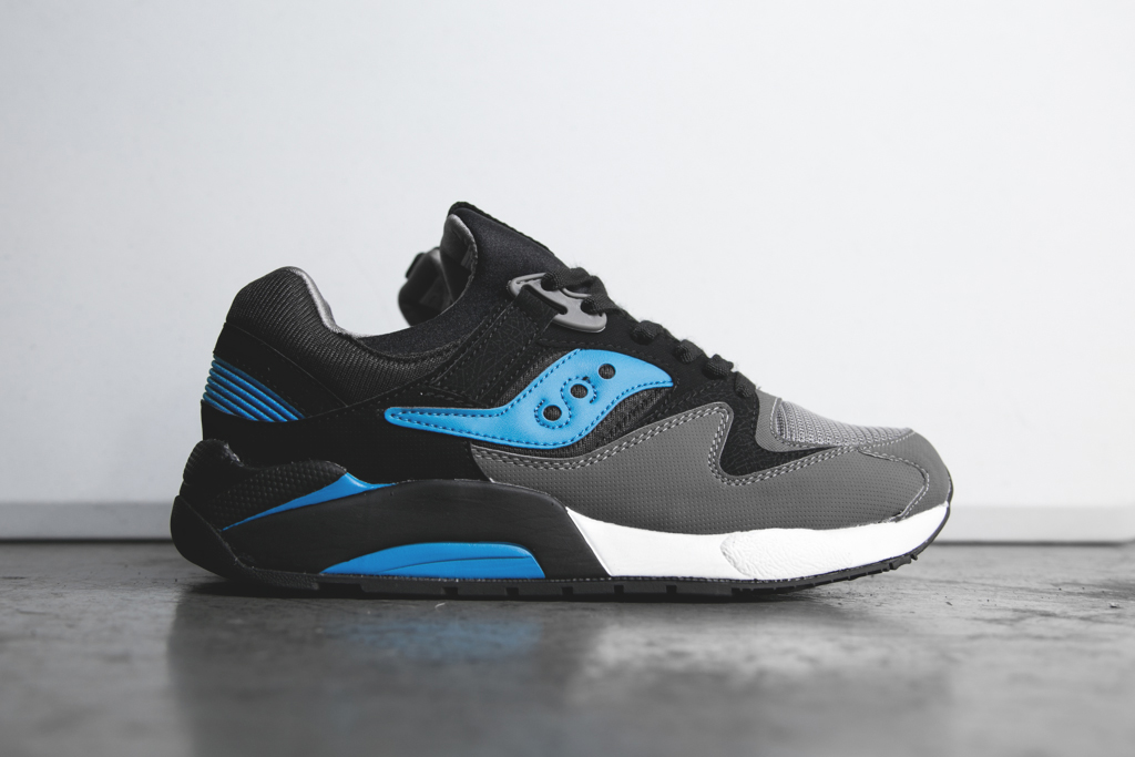 Saucony-Grid-9000-Black-Blue-Feature-Sneaker-Boutique-1