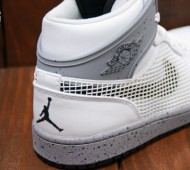 air-jordan-1-89-white-cement-03-570x379