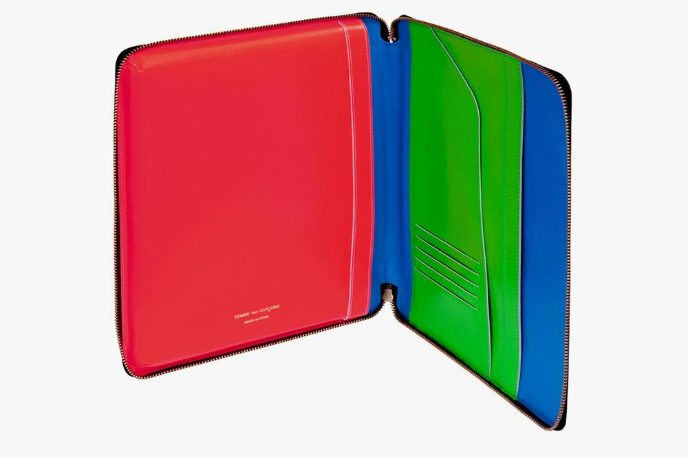 comme-des-garcons-super-fluo-ipad-cases-4