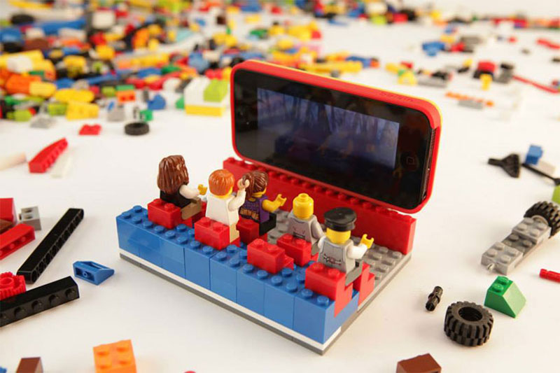 lego-belkin-iphone5-case-highsnobiety-1