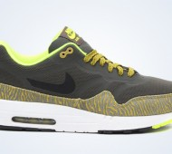 nike-air-max-1-tape-newsprint-black-parachute-gold-summit-white