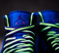 air-jordan-1-mid-black-court-purple-flash-lime-available-05