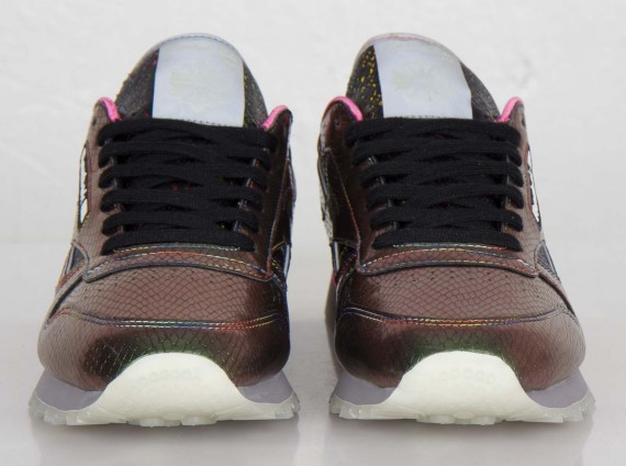 limited-edt-reebok-classic-leather-snake-4-570x424