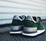new-balance-990-blue-green-04
