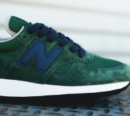 new-balance-990-blue-green-08