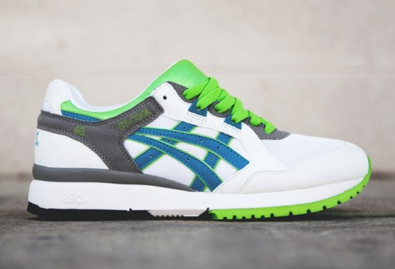 asics-gt-cool-white-green-blue-grey-03-570x388