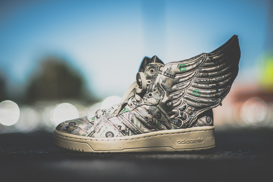 dollars-jeremy-scott-wings-2