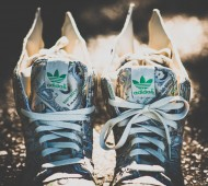 dollars-jeremy-scott-wings-5