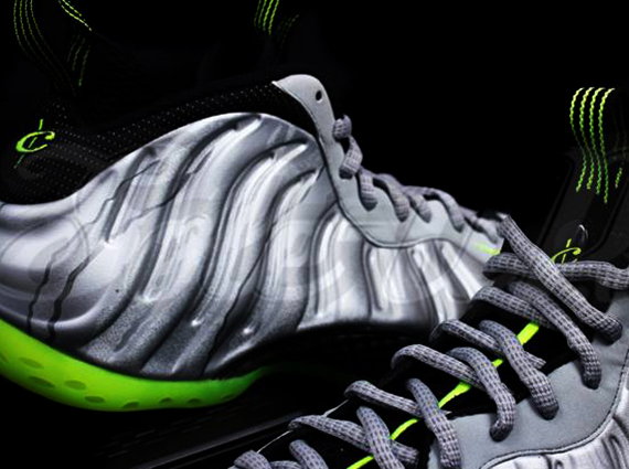 nike-air-foamposite-one-silver-black-neon