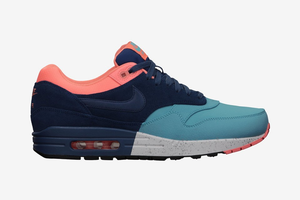 nike-air-max-1-gamma-blue-pink-1-960x640