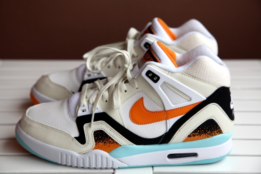 nike-air-tech-challenge-ii-white-kumquat-soft-pearl-black-2014-sample-10