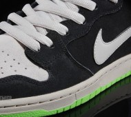 nike-dunk-high-premium-send-help-6