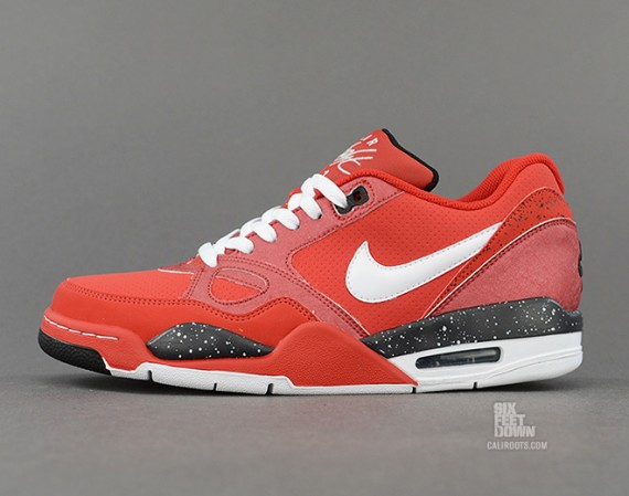 nike-flight-13-red-black-white-2-570x449