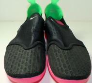 nike-solarsoft-rache-black-pink-green-unreleased-sample-04-570x587